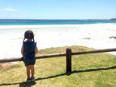 Kapstadt mit Kindern ist ein Traum - es gibt so viel mit Kindern zu entdecken und die Südafrikaner sind super kinderlieb. Das Foto stammt aus CAMPS BAY.
