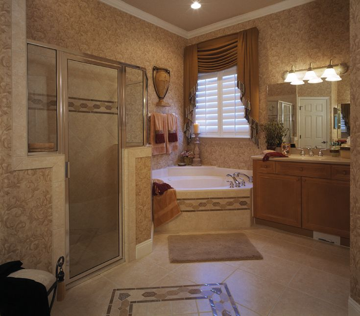 360 best images about homes with beautiful bathrooms on for Pictures of master bathrooms in new homes
