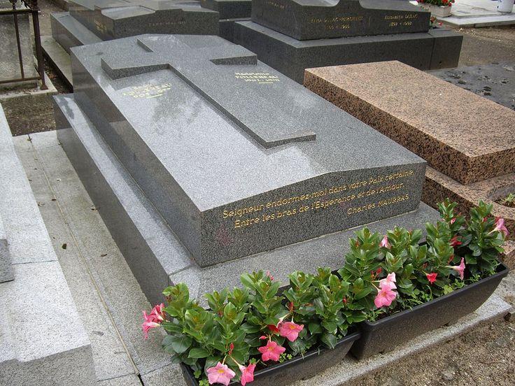 Tombe Raoul Follereau, Cimetière d'Auteuil, Paris - Cimetière d'Auteuil — Wikipédia