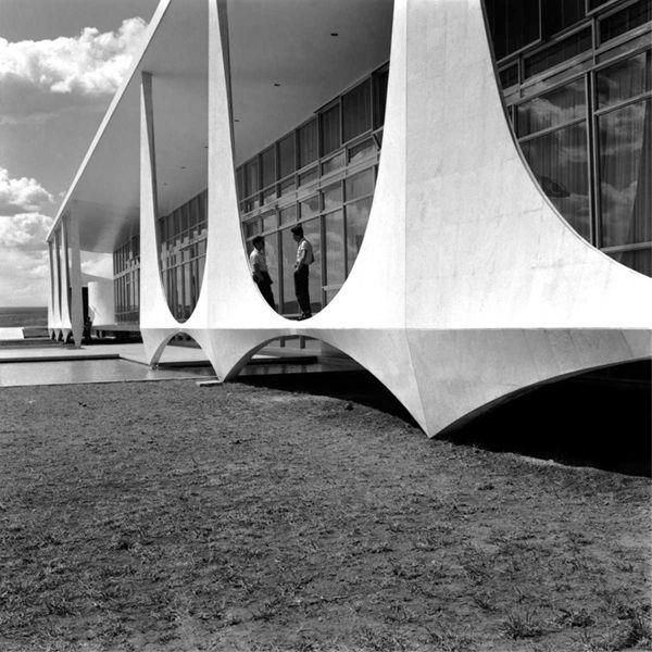 Alvorada, Brasilia - Niemeyer