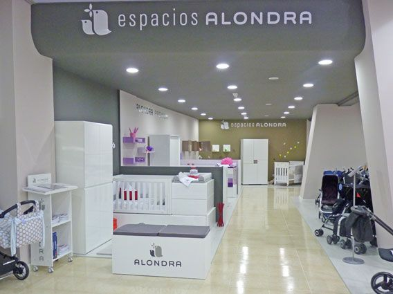 42 best espacios alondra images on pinterest spaces baby rooms and child room - Muebles room vigo ...