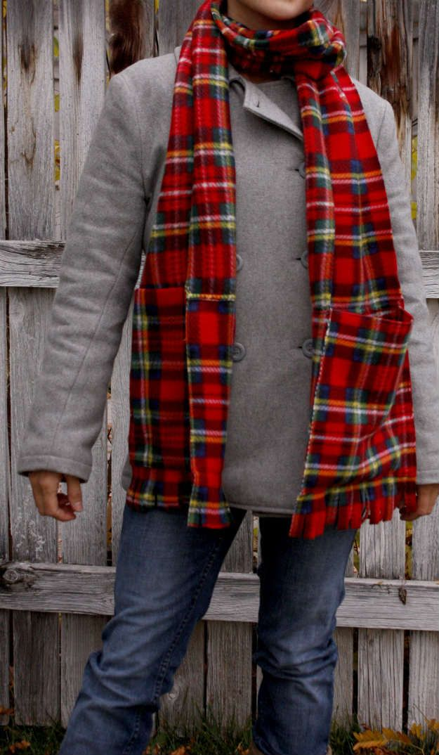 Deep Pocket Fleece Scarf | Fleece Patterns You Can Sew To Stay Warm This Winter