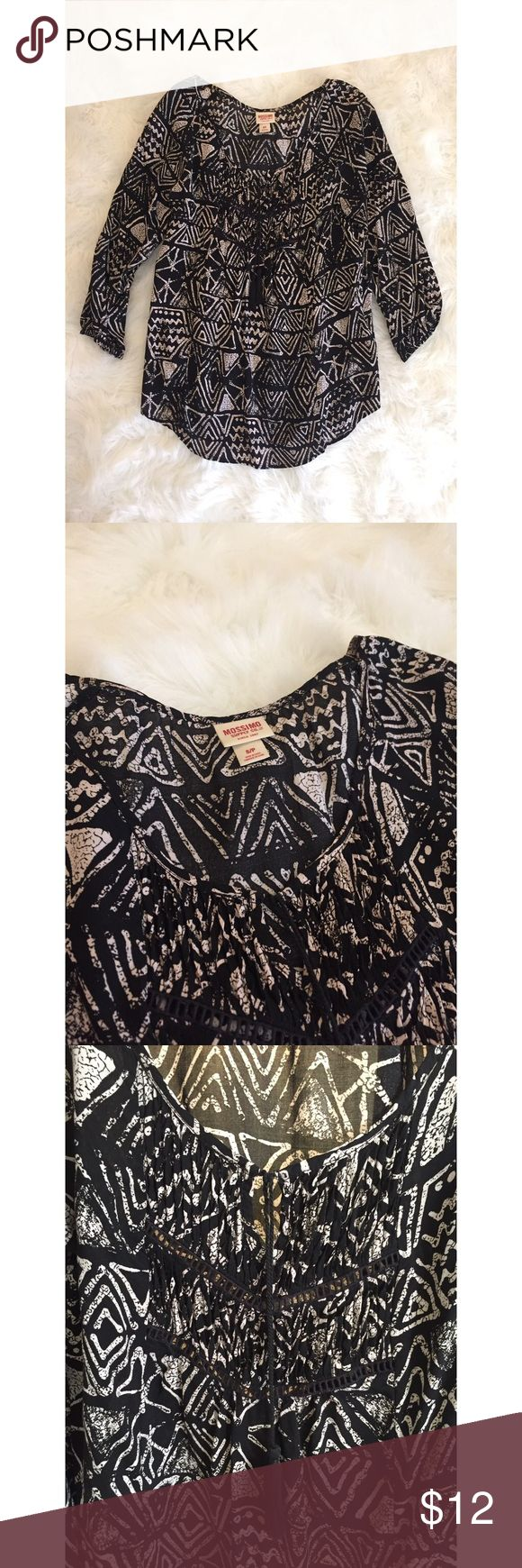 Black Aztec Blouse Mossimo Black and Cream Aztec Blouse. Flowy top with small key hole, small lace detail in the front, and two black tassels. 100% Rayon. Wore only a few times, in great condition! Mossimo Supply Co Tops Blouses