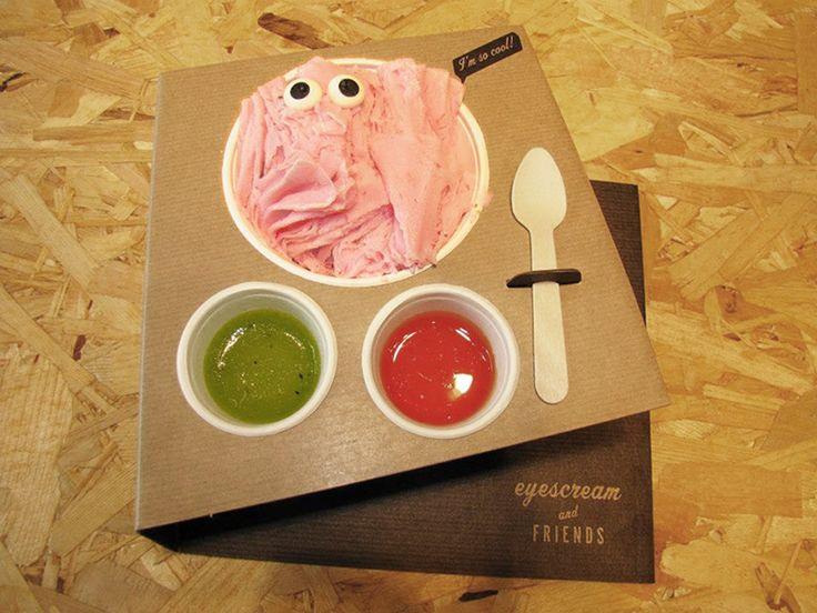 Eyescream and Friends (можно перевести как«Глазастое мороженое идрузья») магазин продажи идегустации мороженого исладостей вБарселоне.  Стратегия Eyescream and Friends, отграфического дизайна имаркетинговых материалов винтерьере магазина, промышленный дизайн, упаковка ивывеска направлены наудобство самообслуживания.  http://am.antech.ru/TpyS