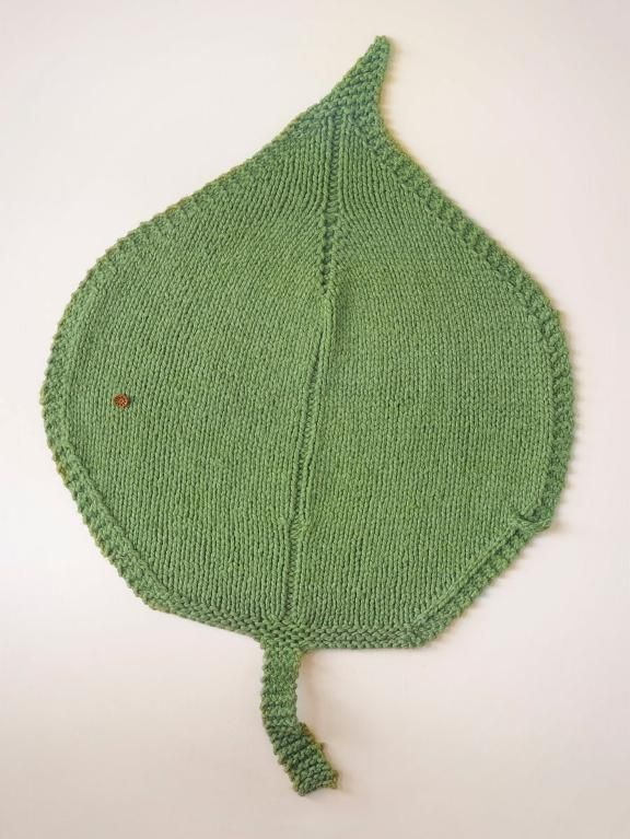 Knitted Leaf Pattern Blanket : Knitting: Leaf Blanket Must do... at some point Pinterest
