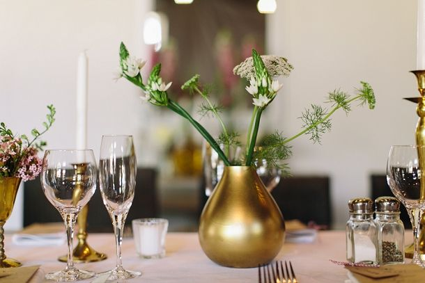 Table decor with rich gold accents | SouthBound Bride | http://www.southboundbride.com/organic-jewel-tone-wedding-at-roodezand-by-heather-steyn-photography-yolandi-benjamin | Credit: Heather Steyn
