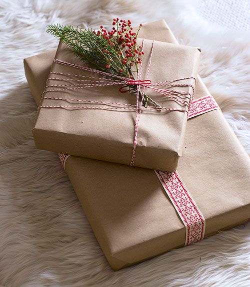 Pretty Christmas gift wrapping looks❣ Country Living