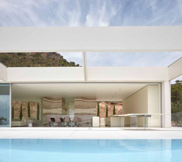 ramon esteve adorns valencian hillside house with
