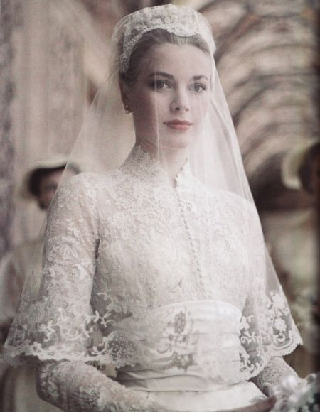 Grace Kelly married Prince Rainier of Monaco in 1956. Her bridal gown was one of the most charming and best-remembered wedding dresses of all times. The famous Helen Rose of MGM designed the dress. The upper part of the dress was joined to an under bodice and skirt. The entire dress was: Princesses Grace, Wedding Dressses, Wedding Veils, Gracekelly, Grace Kelly Wedding, Princess Grace, Wedding Dresses, Weddings, Bride
