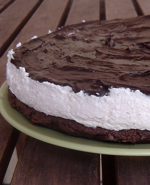 A túró és a csoki találkozása: Túró Rudi torta, ahogy én készítettem | Mai Móni