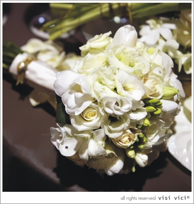 Wedding bouquet | white | roses