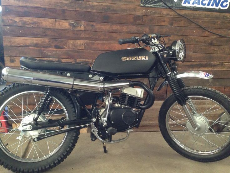 Suzuki ax 100 scrambler