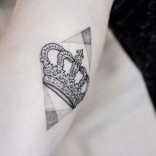 67 Most Powerful Crown Tattoos For Men: 67 Best Taç Dövmeleri / Crown Tattoos Images On Pinterest
