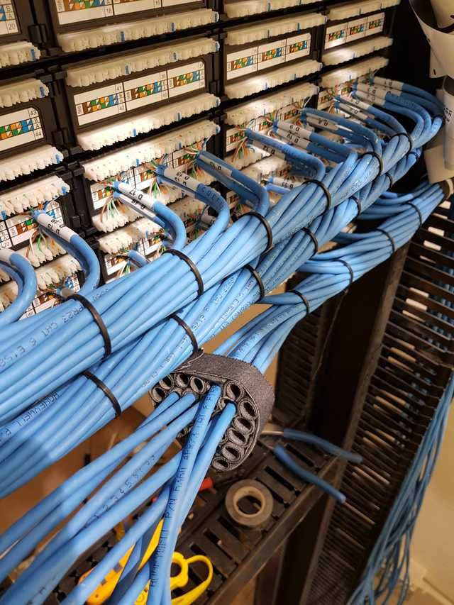 Diy Modular Velcro Cable Comb Imgur Structured Cabling Server Room Cable