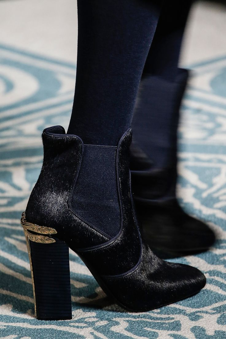 Tory Burch Fall 2013 RTW - Details - Fashion Week - Runway, Fashion Shows and Collections - Vogue