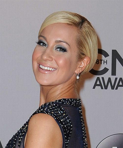 Kellie Pickler Haircuts: 60 Best Beverly Mitchell Images On Pinterest