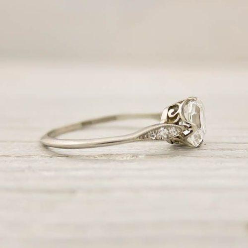 Resultado de imagem para aneis de noivado antigos