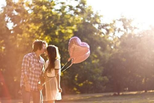 """""""Любовь – это питание для души. Любовь для души – это то же самое, что пища для тела. Без пищи тело слабо, без любви слаба душа."""" (Ошо)"""