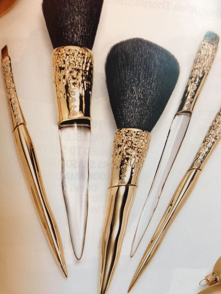Luxury make up brushes by Alexis Bittar http://rst