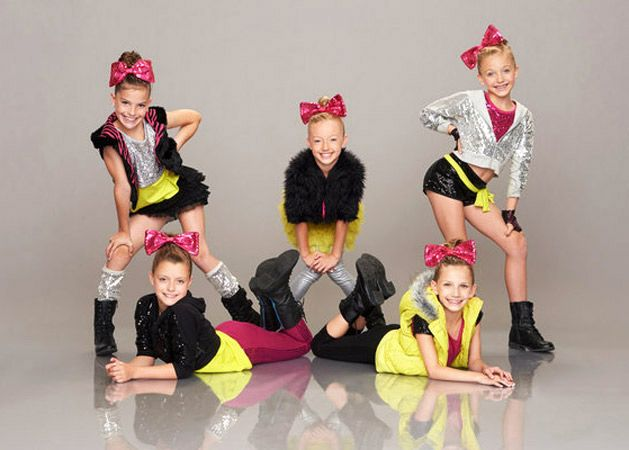 Dance Group Fresh Faces Perform on America's Got Talent 2013 (VIDEO)