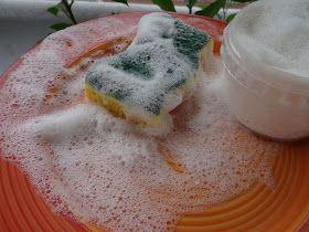 Je vous présente aujourd'hui un produit qui a pour ma part révolutionné la vaisselle  au naturel. De tous les produits ménagers maison, c...