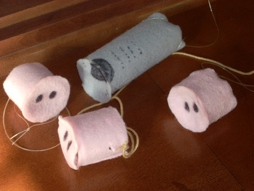 3 little pigs dress up craft