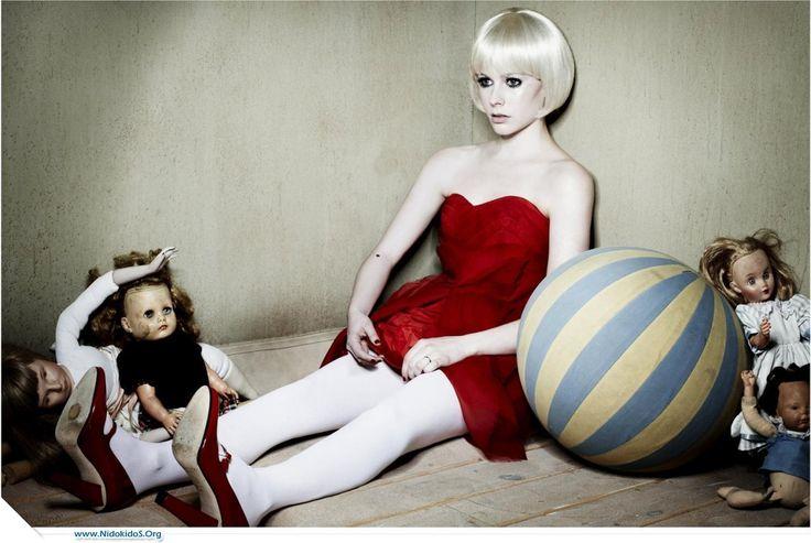 Avril Lavigne living Doll
