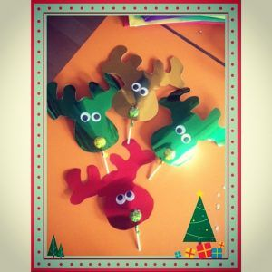 lollipop reindeer craft idea for preschool