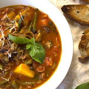 Minestrone soup vegetarian