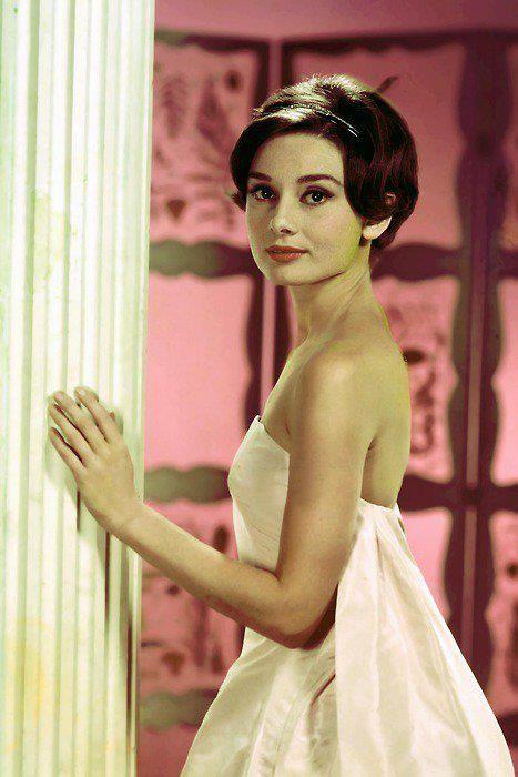 50 Photos and Videos of Audrey Hepburn
