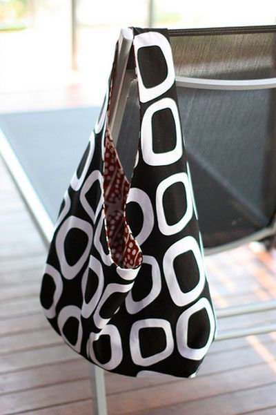 10 Free Tote Tutorials. I made 6 & 7!  :)