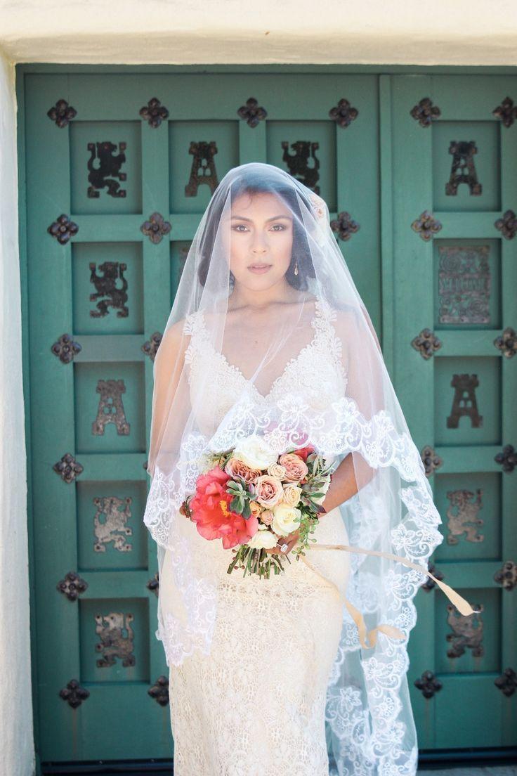 Gorgeous veil portrait