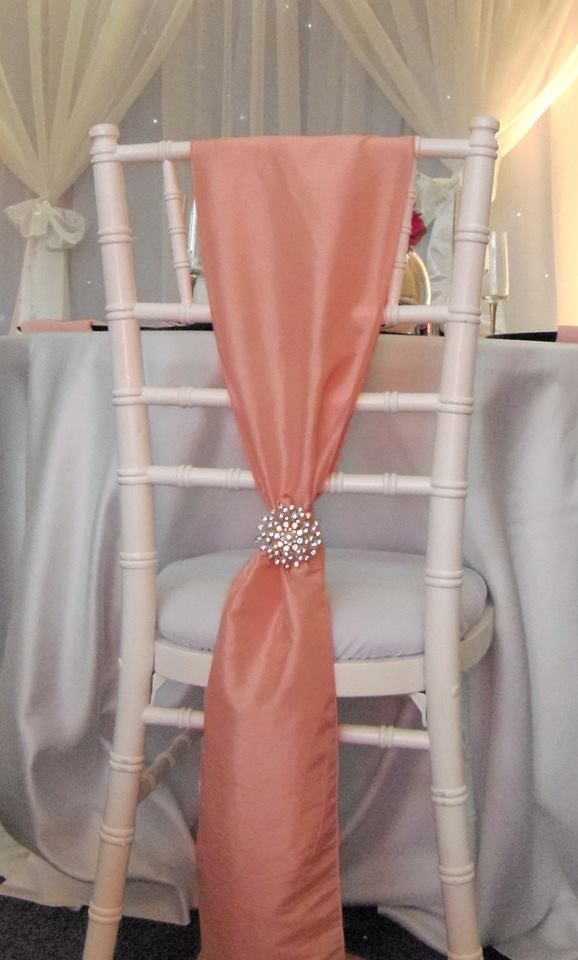 Wedding chair decor idea  www.tablescapesbydesign.com https://www.facebook.com/pages/Tablescapes-By-Design/129811416695