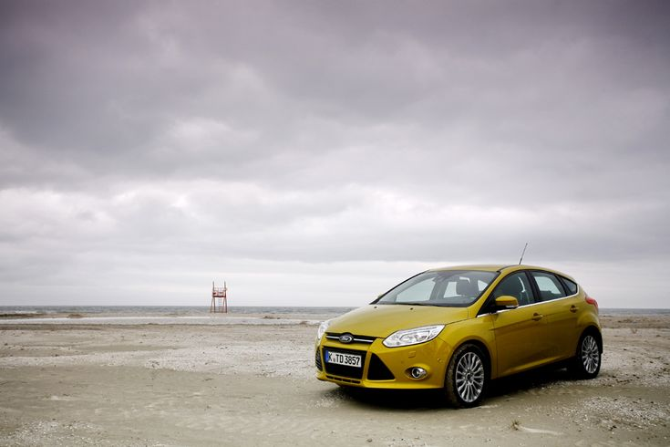 Ford Focus (  Mihai Dăscălescu / Mediafax Foto  ) - See more at: http://zoom.mediafax.ro/sport/masini-11154091#foto_2