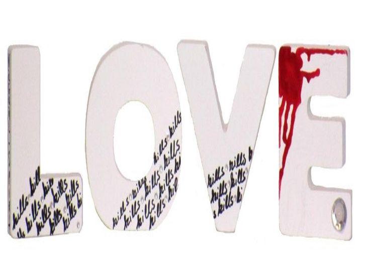 LOVE Buchstaben Dekoration by Nagual-Spirit in weiss, Unikat, handpainted von NagualSpirit auf Etsy