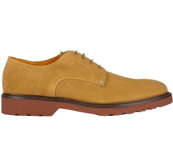 """Classic casual from the 80's the real and unique """"308 MADISON N.Y.C. original rivet"""" in tan suede and its peculiar red sole ideal for the winter as well. Dagli anni 80 la classica """"308 MADISON N.Y.C. original rivet"""" in camoscio cognac, con la sua peculiare suola rossa anche per l'inverno"""