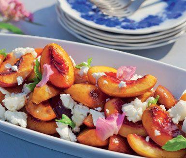 Recept: Grillade nektariner och persikor