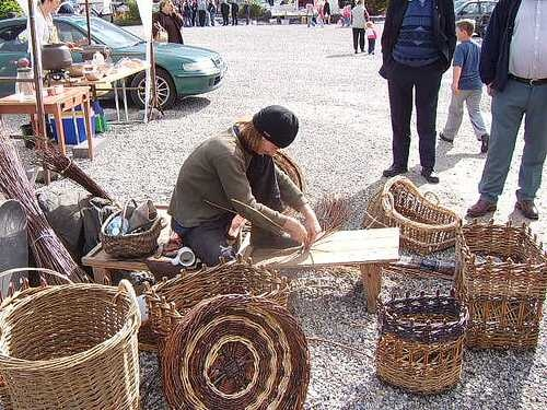 Basket Weaving Tips : Basket weaving techniques materials supplies and