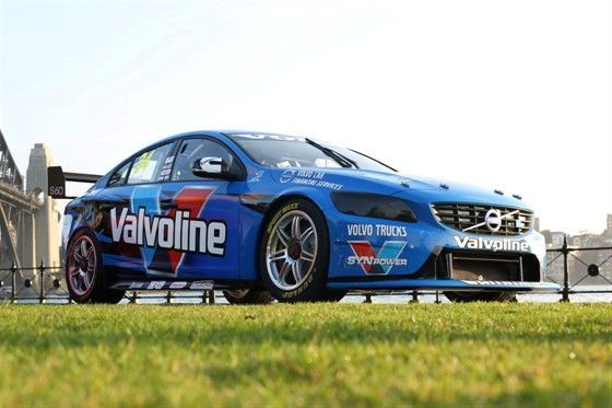 2014 Volvo V8 Supercar debut
