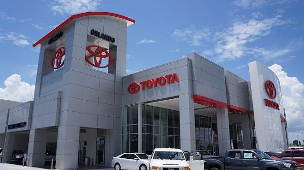 Toyota Dealers Top Mercedes and Lexus In Customer Survey