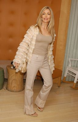 Heather Thomas - IMDb
