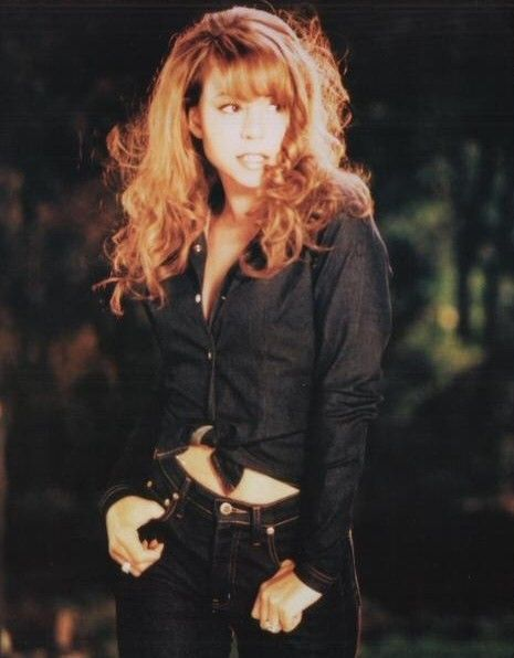 Mariah Carey - love her or hate her, the girl has some serious pipes. Description from pinterest.com. I searched for this on bing.com/images
