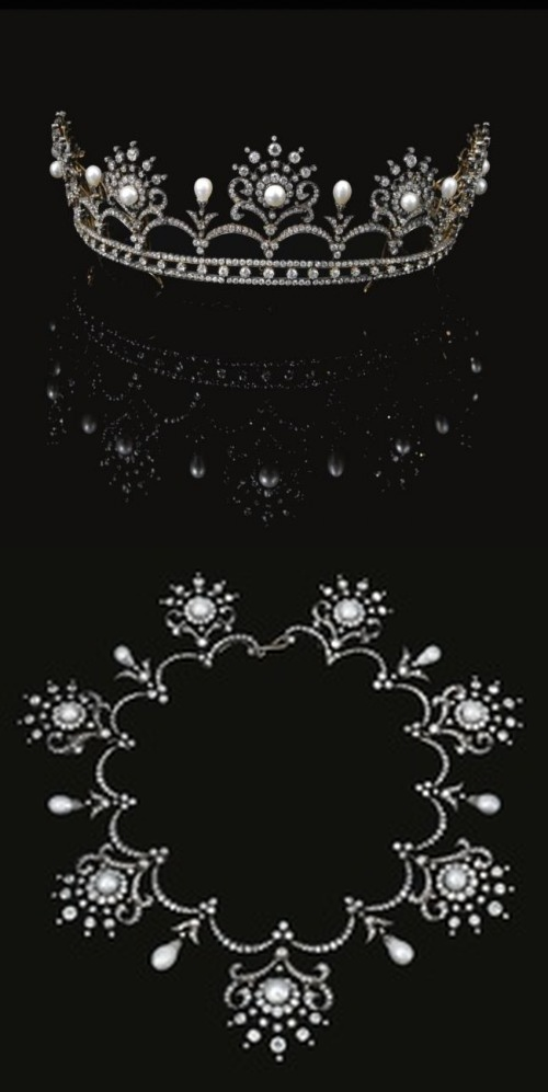 PEARL  AND  DIAMOND  TIARA/NECKLACE,  CIRCA  1900 Designed  as  a  graduated…