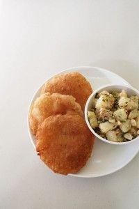 rajgira puri recipe (vrat ki puri) - made during Hindu fast or vrat. This poori is made from amaranth flour, boiled mashed potato.