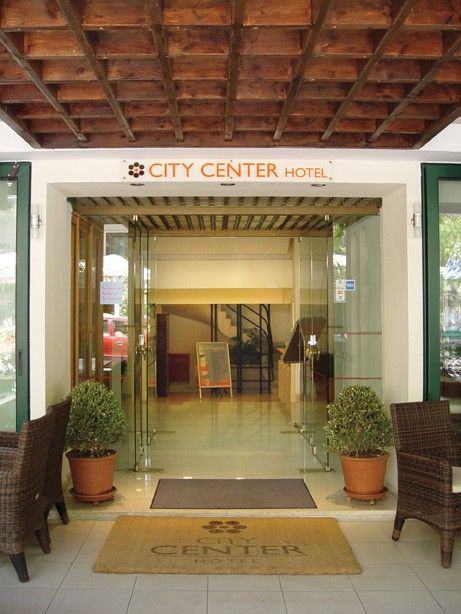 Entrance at City Center Hotel