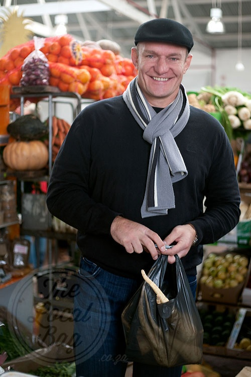 Francois Pienaar our  Rugby World Cup  hero shopping at the Neighbourgoods Market, Cape Town AND i shop there toooo, pity i wasn't there...