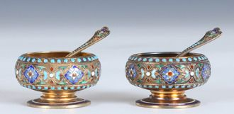 Gustav Gaudernack for David Andersen. Gilt russian style silver and champléve enamel salts with matching spoons ca 1895