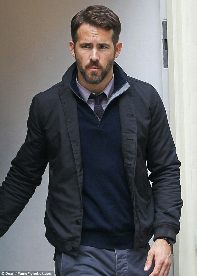 Ryan Reynolds Business Casual Fashion Pinterest