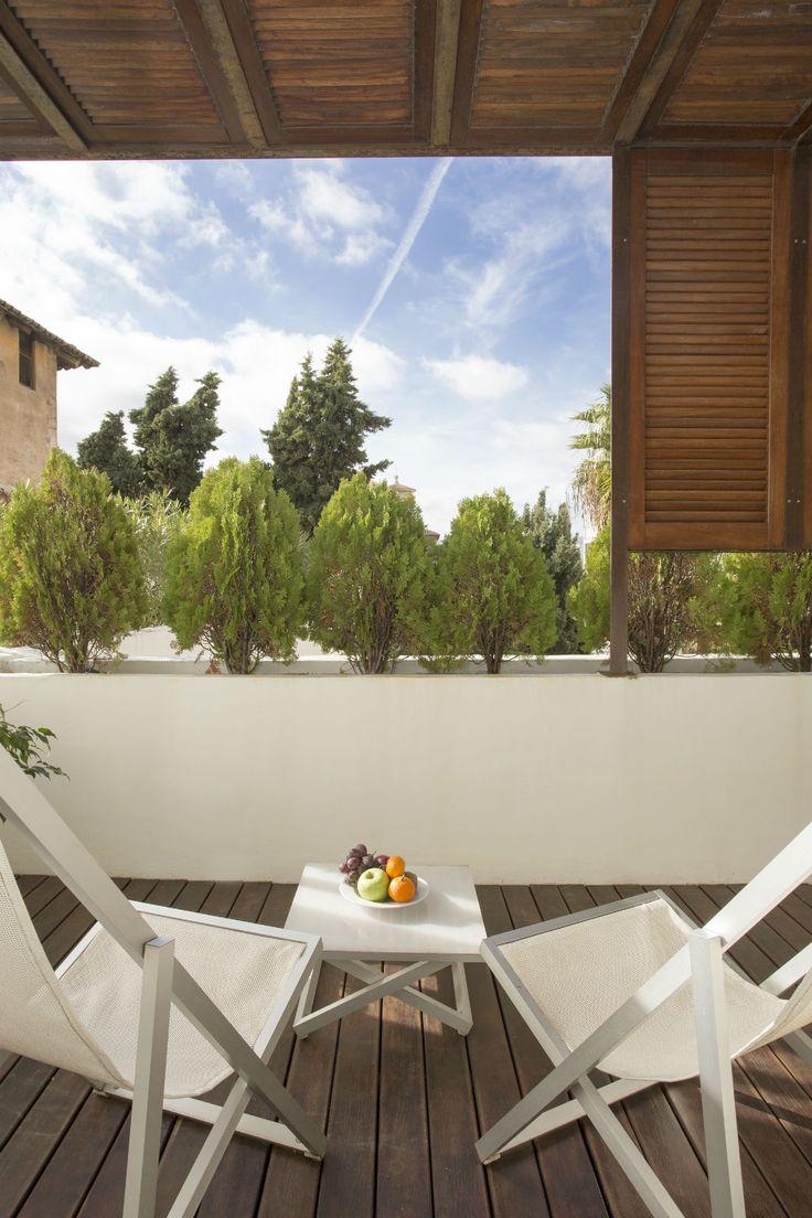 Convent de la Missió | Boutique Hotel | Palma de Mallorca | Spain | http://lifestylehotels.net/en/convent-de-la-missio | view, relax, outside, lounger,luxury, wellness