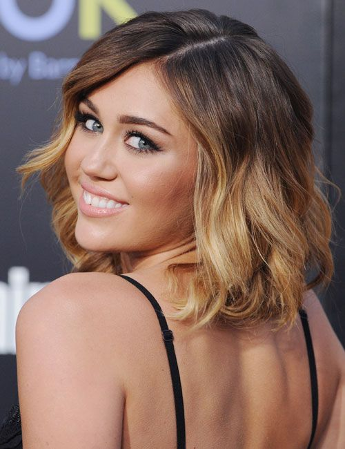 Pretty ombré: Miley Cyrus, Haircuts, Hairstyles, Hair Colors, Shorts Hair, Ombre Hair, Hair Style, Shorthair, Mileycyrus